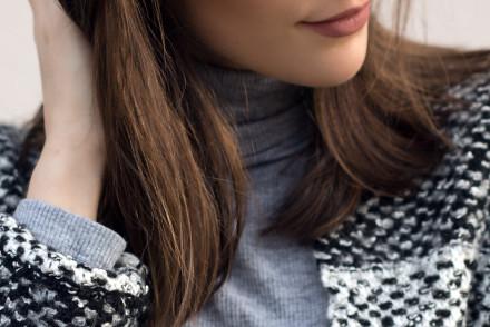 pattern-coat-black-jeans-SLIDER