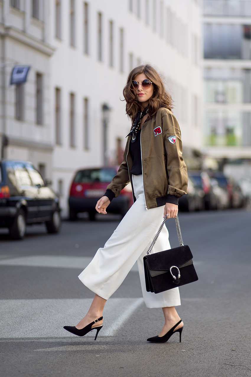 A Casual yet Chic way to wear Bomber jackets - Simple et Chic ...