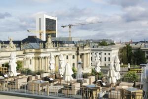 Hotel-de-Rome-Rooftop
