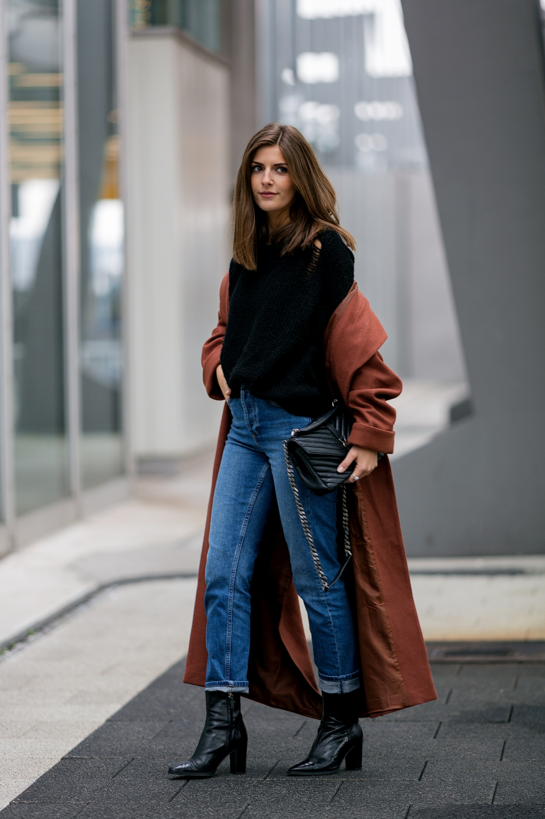 Style guide 5 ways to wear mom jeans simple et chic - Styling ideen ...